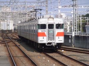20042702